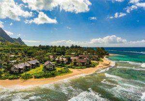 beautiful day at Hanalei Beach in Kauai
