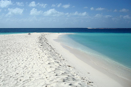 Clear waters kissing the sand on Cayo Madrisqui in Venezuela