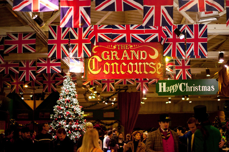 The Dickens Christmas Fair adds colors and life to the rainy San Francisco in December